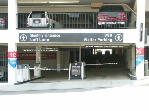 105 Airport Parking At Los Angeles International Lax Airport
