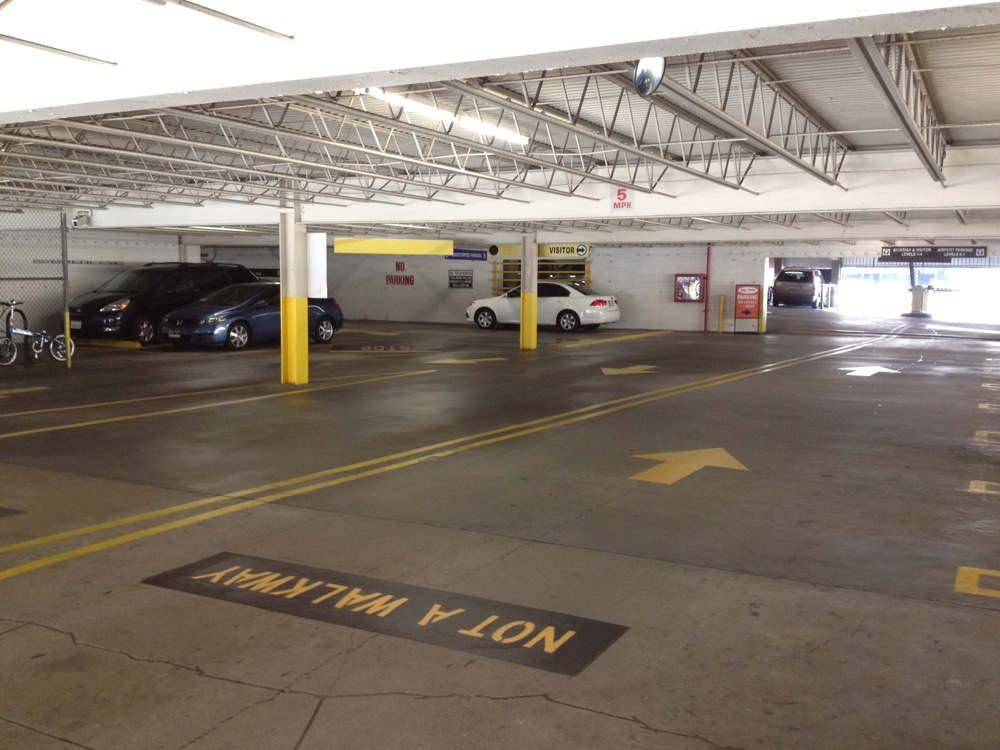 405 airport parking at los angeles international airport lax for Lax parking closest to airport