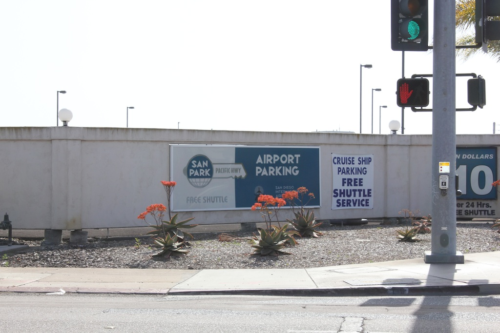 As frequent travelers ourselves, we know airport parking can be a frustrating experience, especially when circling around the lot endlessly looking for a space. Then, when you finally find one, the pressure is on to get you and your luggage to the terminal to catch your flight.
