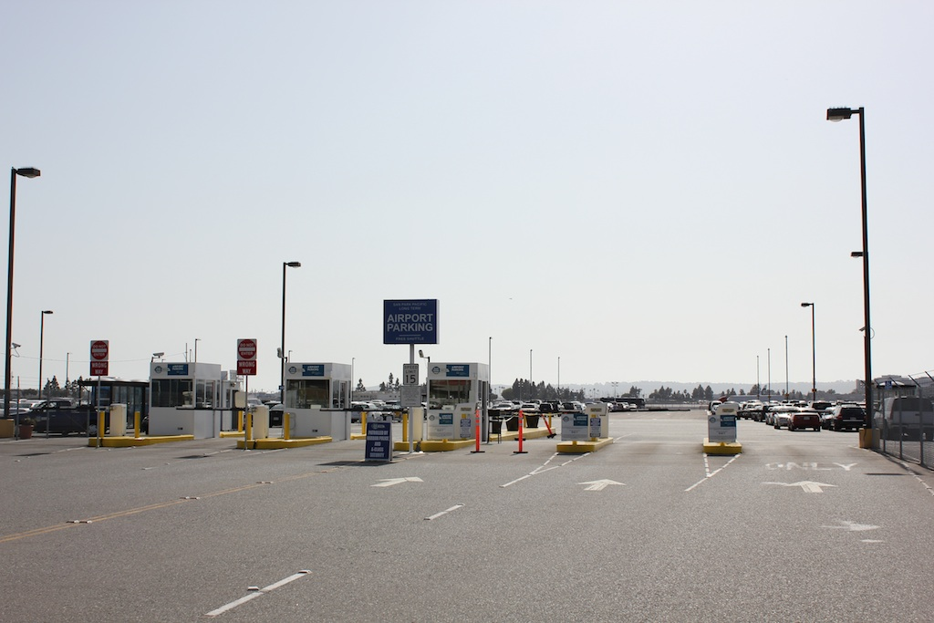 O Hare Parking Lots >> LAX Parking Lot C at Los Angeles International Airport, LAX